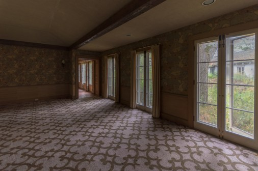 Abandoned Ontario Mansion-85.jpg