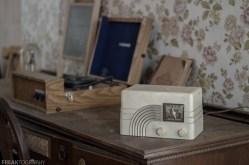 Freaktography, abandoned, abandoned photography, abandoned places, antique radio, creepy, decay, derelict, haunted, haunted places, photography, radio, still life, urban exploration, urban exploration photography, urban explorer, urban exploring