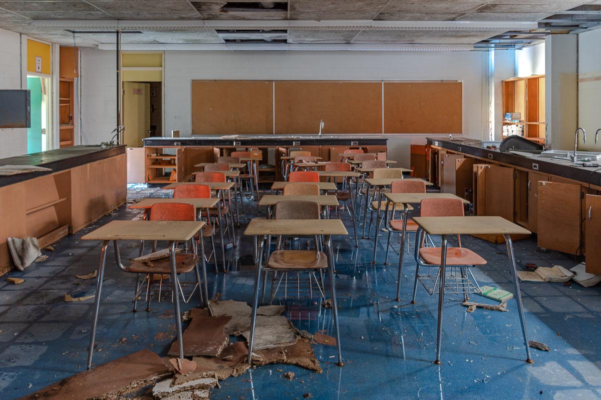 Abandoned Northern Ontario High School   Freaktography   Urban Exploration