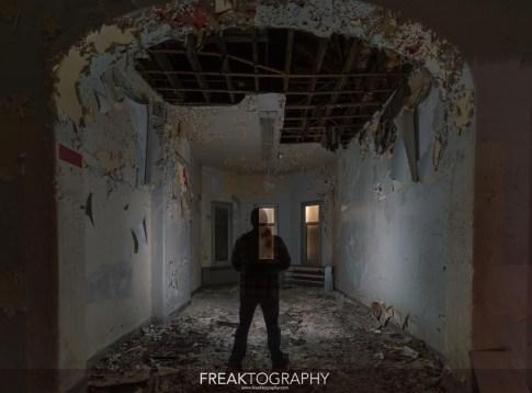 Abandoned Century Manor Hamilton Ontario-11.jpg