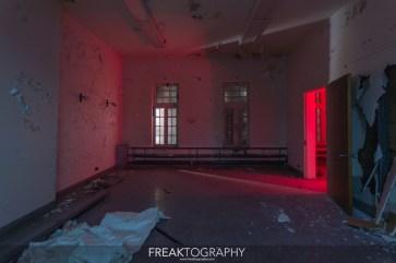 Abandoned Century Manor Hamilton Ontario-5.jpg