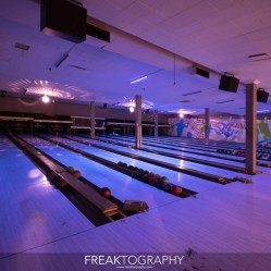 Urban Exploring Abandoned Bowling Alley with Power