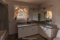 Exploring the Abandoned Murder Crime Scene House