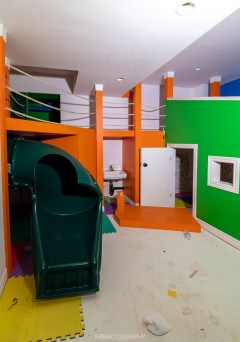 Abandoned Party Mansion Kids Oasis