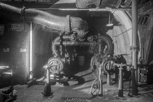 Canadian Niagara Power William B. Rankine Generating Station Thrust Deck and Tailrace