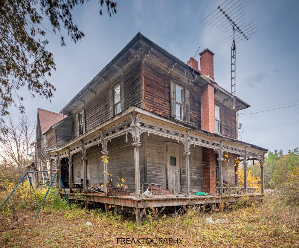 authentic abandoned time capsule house of horrors