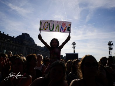 Louane at the concert at the Brussels Summer Festival. The singer was sould out at the festival, instead of the full Palace with 12,500 fans including many families with children. The singer appeared a ring on his left hand. Brussels, August 13, 2016, Belgium ©F.Andrieu/AgencePeps