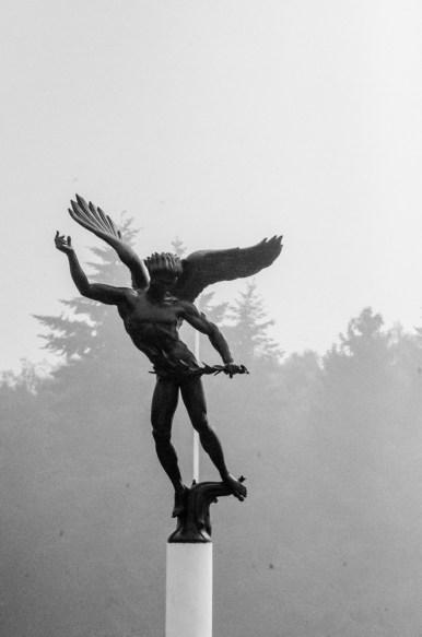 Henri-Chapelle American Cemetery And Memorial standbeeld