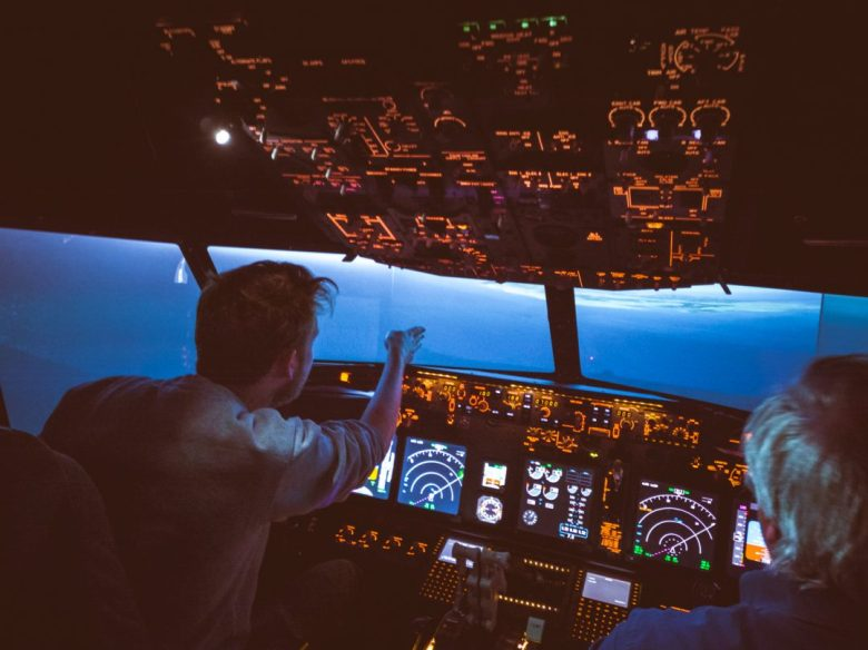Take off and land an airplane yourself at Schiphol Airport in the