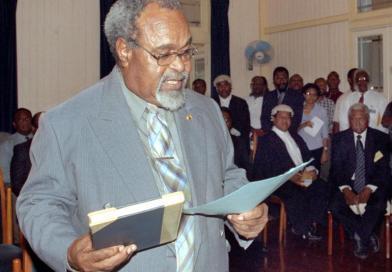 """Michael Somare, il """"padre della nazione"""" di PNG, è morto a 84 anni    Notizie di necrologi"""