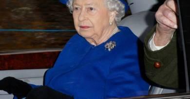 """La regina """"è stata fantastica"""" dopo la morte del principe Filippo: nuora"""