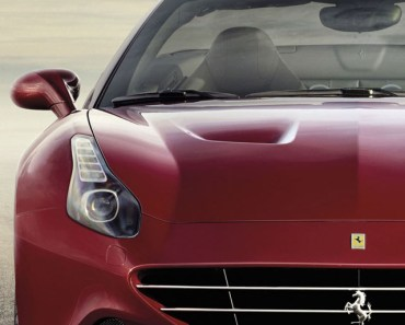 2015 Ferrari California Red
