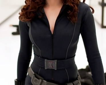Scarlett Johansson as Black Widow Wallpaper by TelephoneWallpaper.com