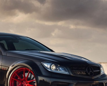 Mercedes Benz C63 AMG Black