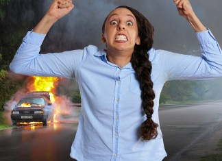 Crazy Woman Hits Girl With Her Car In Hit-And-Run Then Returns To Take A Selfie