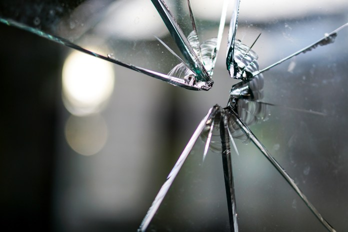Pregnant Woman Smashes Restaurant Windows With Baseball Bat Over Beef Patties