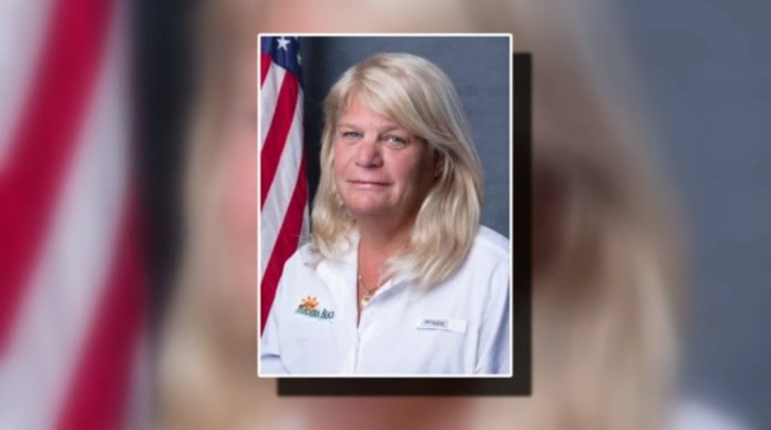 Florida City Commissioner Resigns After Licking People To Show Dominance