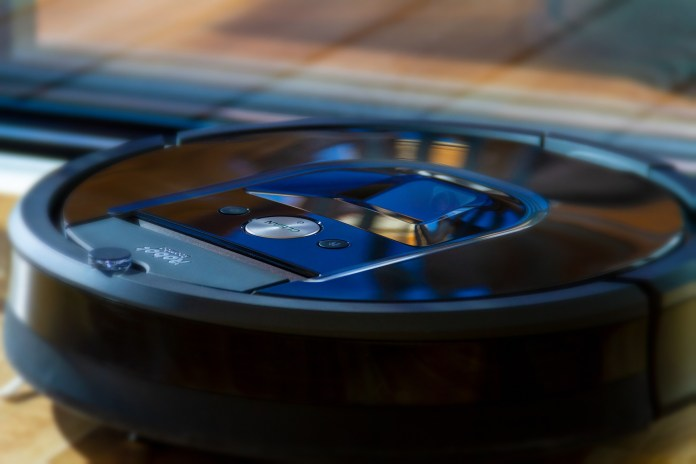 Caller Reports Burglar In Her Bathroom, Turns Out TO Be Her Roomba Robot Vacuum