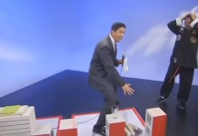 TV Host Accidentally Proves Kung Fu 'Master' Is A Fake