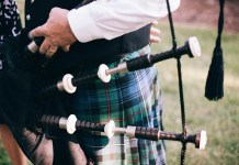 Montana Man Tunes His Bagpipes During Traffic Jam