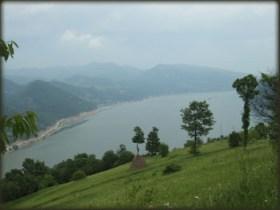 Dunav - pogled pri spustu sa Čoka Njalte ka Lepenskom Viru