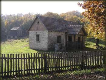 Šumarska kuća iza Letenke