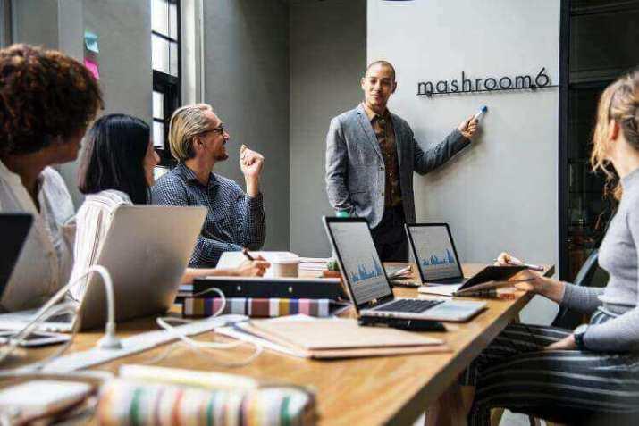 15 business ideas in new york - Financial Advisor