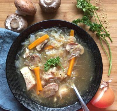 cuisiner sans gluten ni produits laitiers : soupe chinoise au poulet et légumes