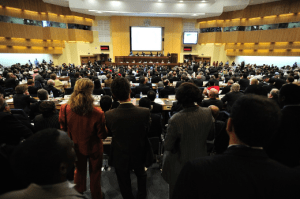 many people in the participant meeting roles