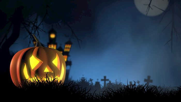 jackolantern with scary halloween backdrop