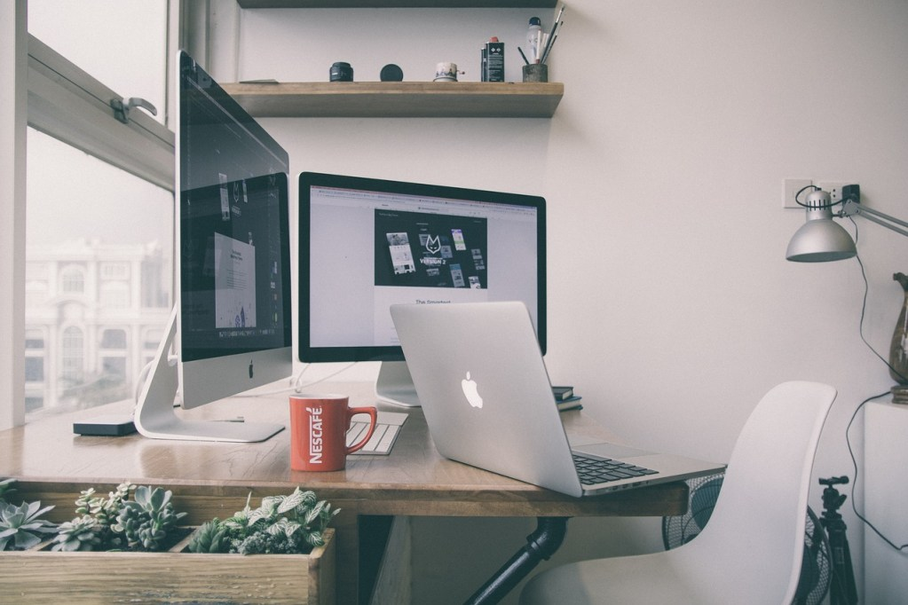 remote work station home office,
