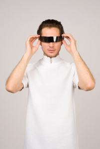 man virtual glasses