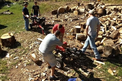 chopping firewood delivery around boone nc