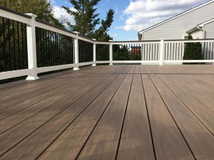 Low Maintenance Deck 95