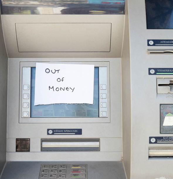 greekatm-304635-greece-out-of-money-bank-machine