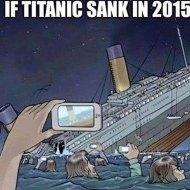 15-08-selfie-titanic-sinking-2015-camera-phone