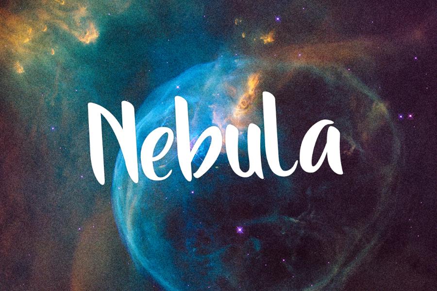 The-Moon-free-typeface_Aulia-Rahman_060917_prev02