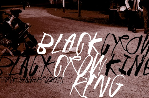 Black Crow King Font Family