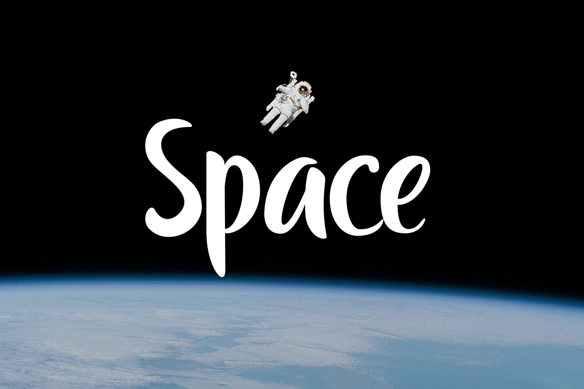 the-moon-typeface-1