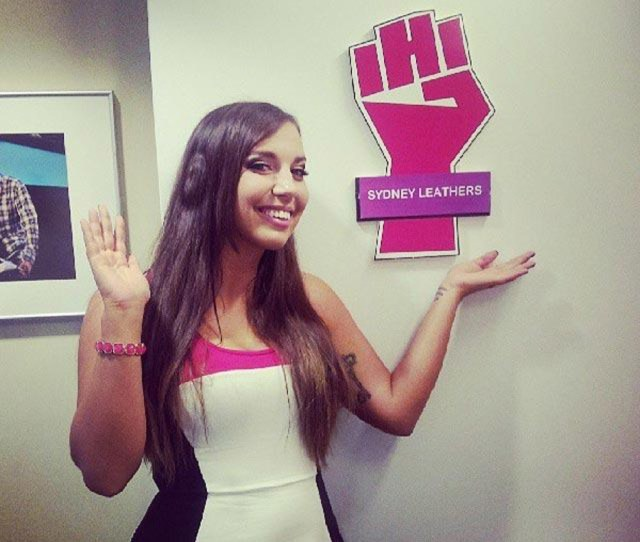Sydney Leathers Talks Anthony Weiner On Howard Stern Show Is He Really