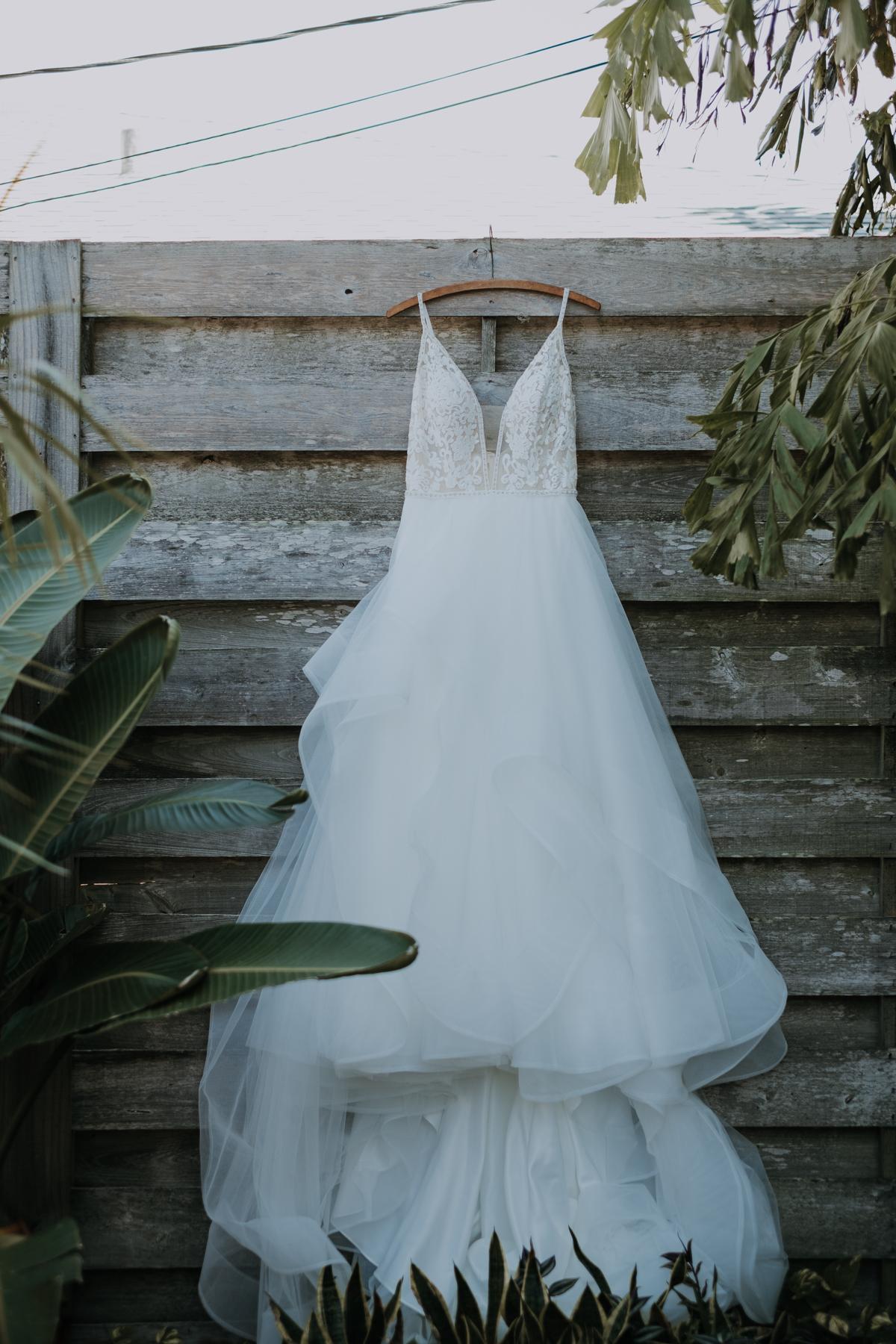 romantic tulle dress | sarasota florida wedding | freehearted film co | tampa wedding photographer | travel wedding photographer