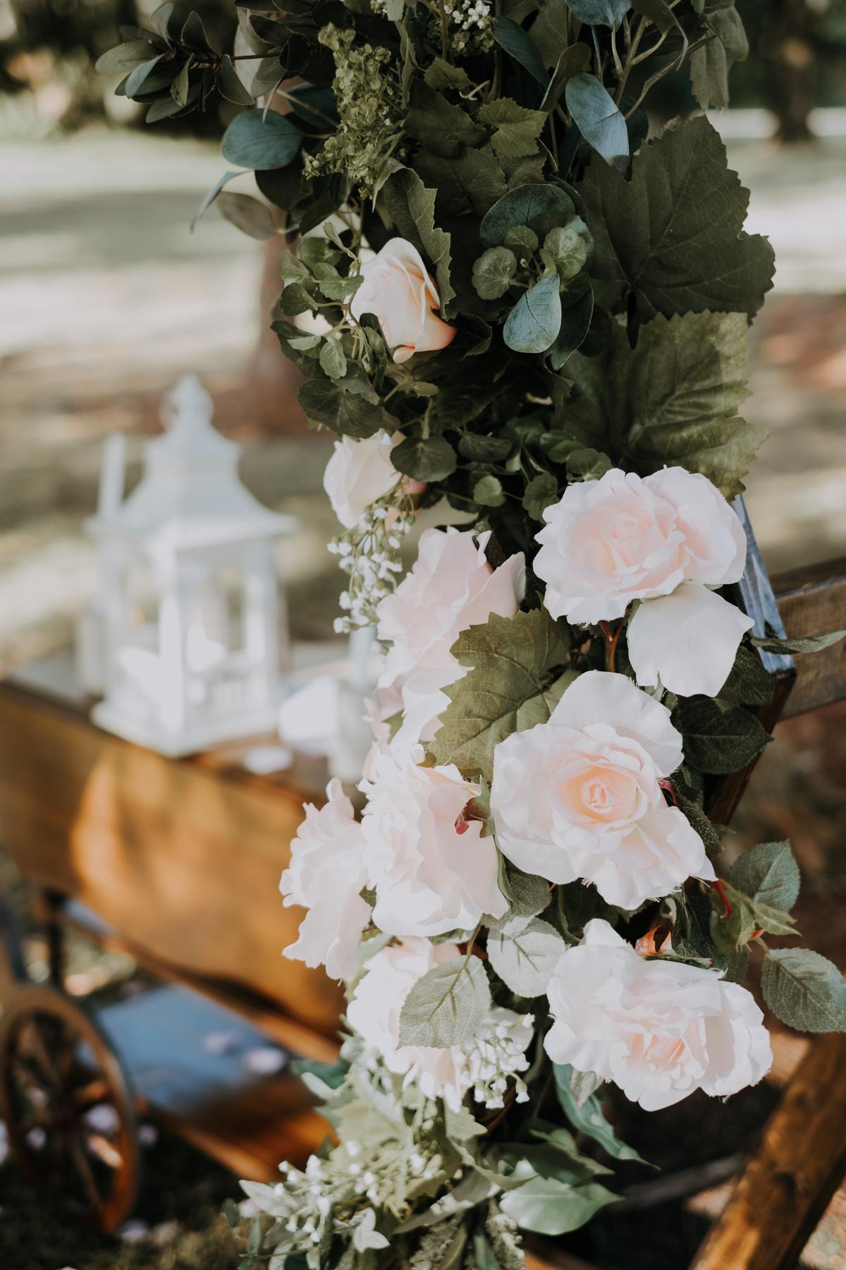 octagon wedding arch | geometric arch | floral arch | romantic sarasota wedding photographer | romantic sarasota wedding | tampa wedding photographer | freehearted film co