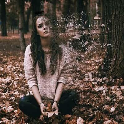 Alone-Sad-Girl-DP-For-Facebook-Whatsapp (33)