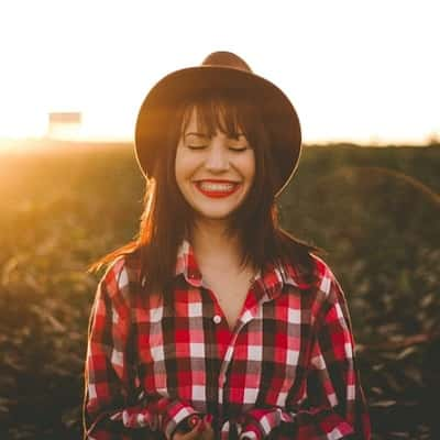 Happy-Girl-Pic-For-Whatsapp-Dp (23)