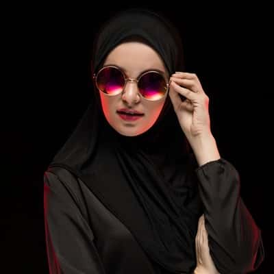 Stylish-Muslim-Girl-Dp-For-Fb-Profile (21)