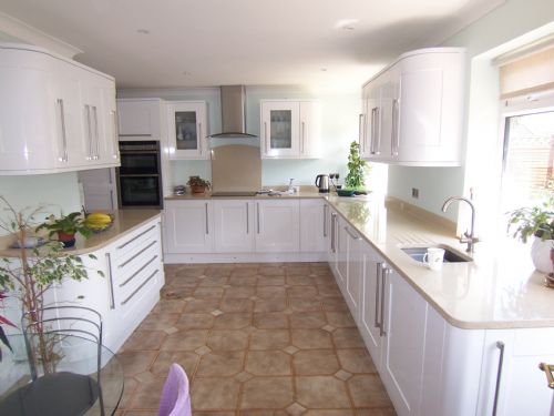 NuFit Kitchen Fitter In Wokingham UK