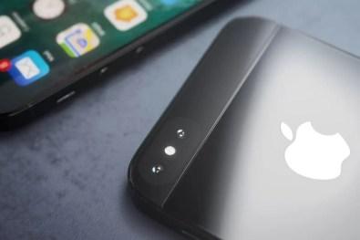 iPhone SE 2 (2)