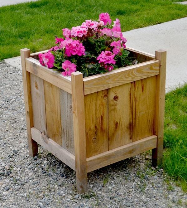 10 DIY Flower Pot Stand Ideas
