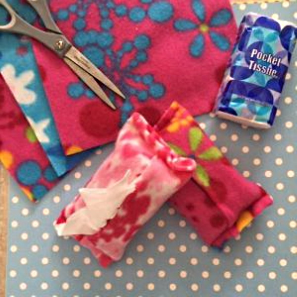 Fleece Tissue Holder