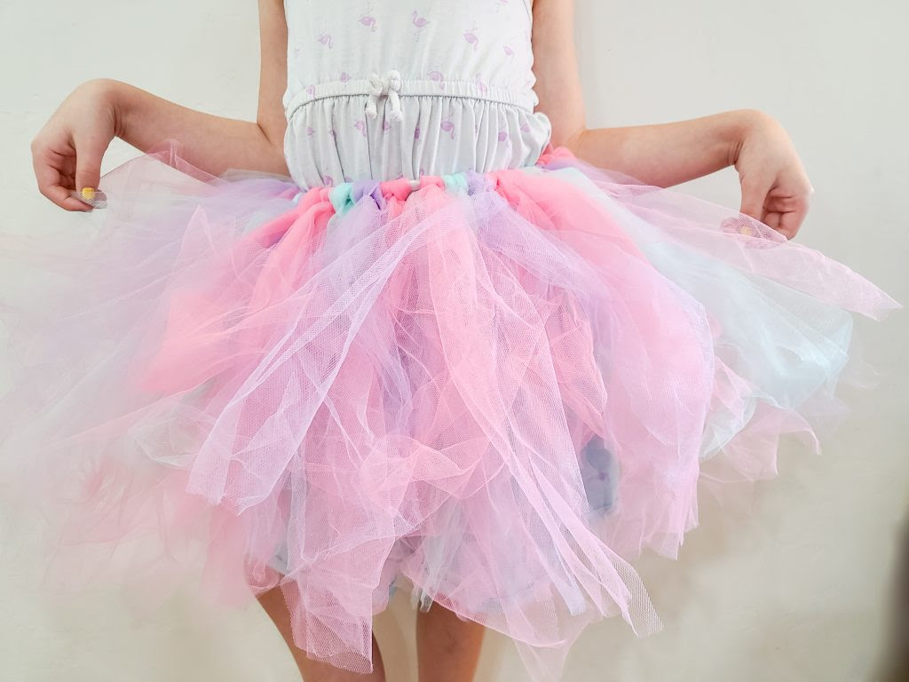 DIY Unicorn skirt made from tulle.